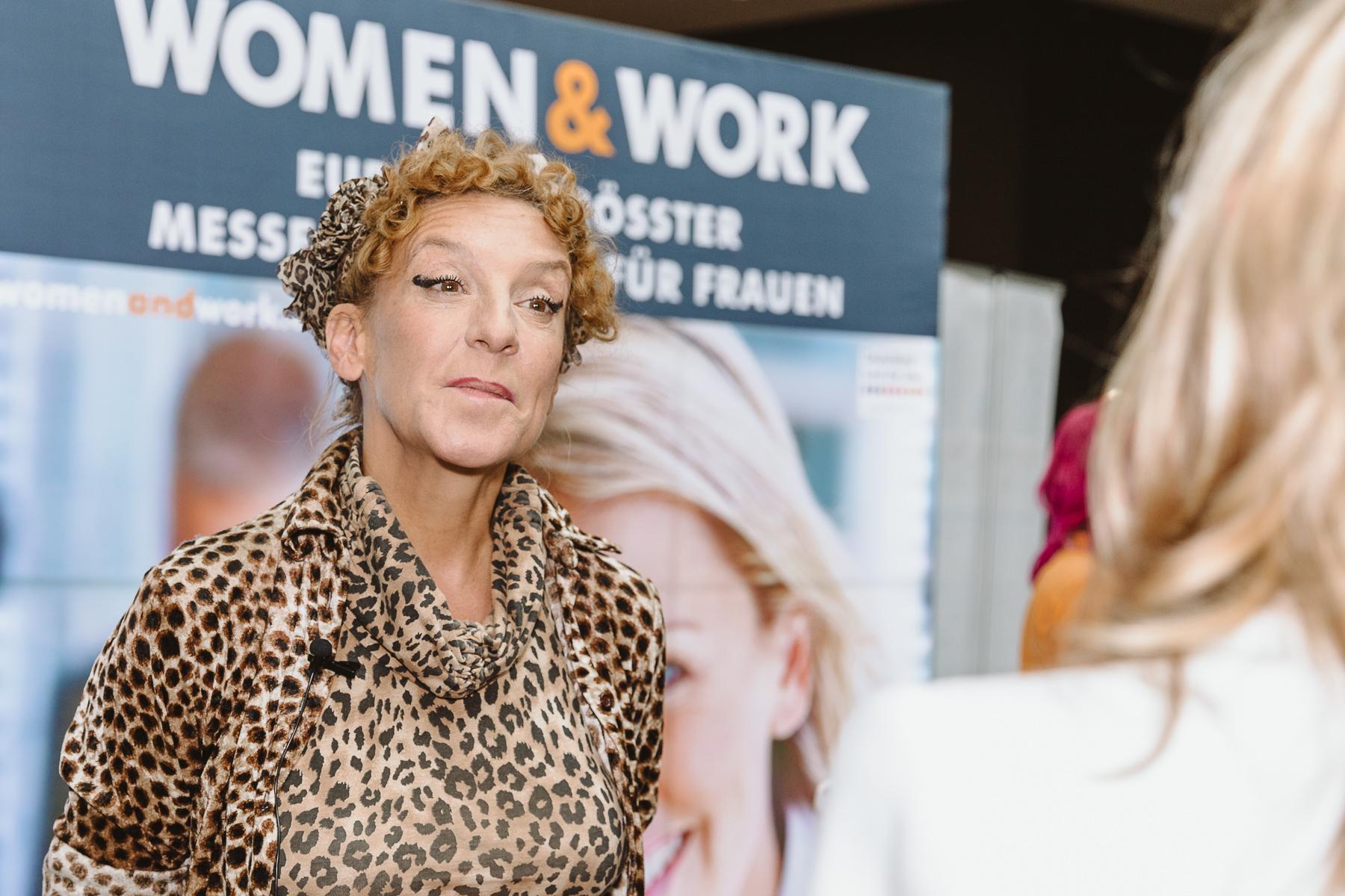 Kongressfotografie - women&work - Sissi Perlinger vor der Kamera im Interview