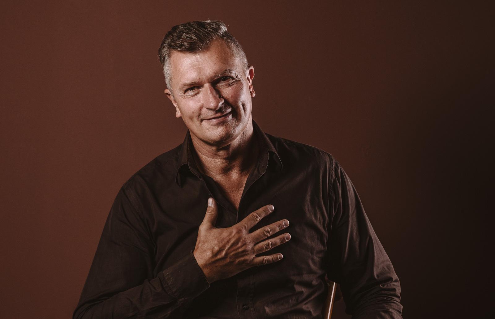 Porträtshooting - Gilbert Köhne vom Konzeptstore Herzblut tut es von Herzen gerne