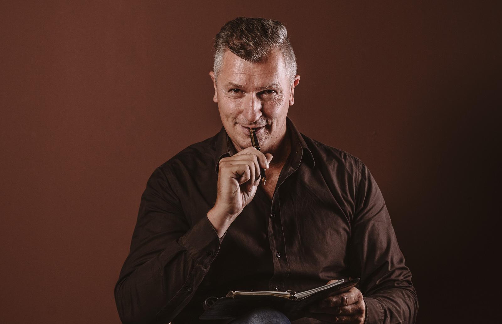 Porträtshooting - Gilbert Köhne vom Konzeptstore Herzblut hat notiert sich seine tolle Idee