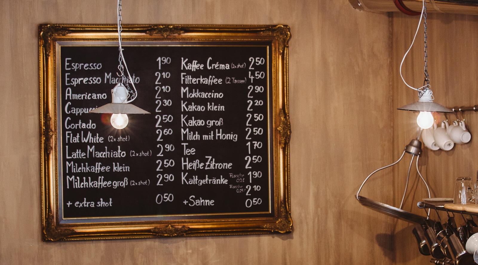 Kaffeeladen - Businessfotograf Bernadett Yehdou