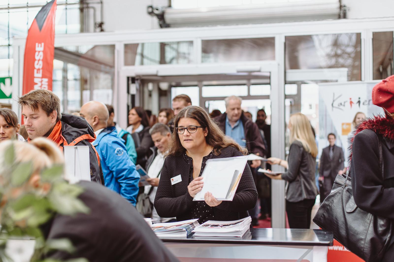 Messefotografie - Reportagefotografie - Kalaydo Jobmesse -die Hallen füllen sich