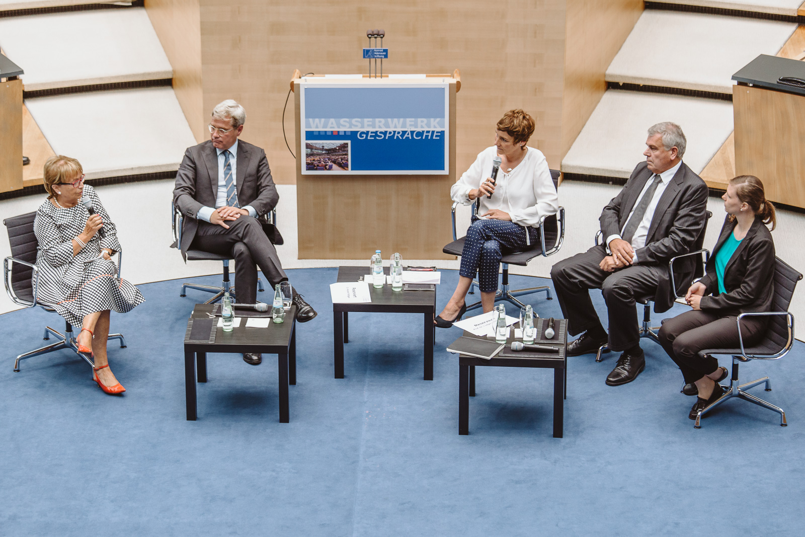 Fotografin Bonn - Dr. Norbert Röttgen - Wasserwerkgespräch der Konrad-Adenauer-Stifung - Gesprächsrunde